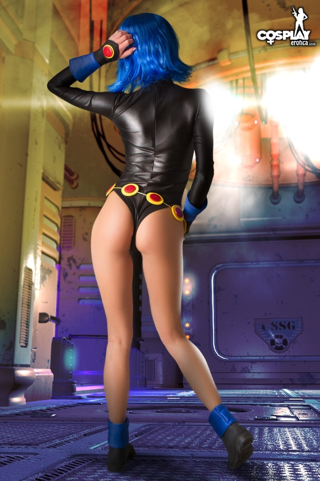 Raven (Teen Titans) cosplay by Zorah
